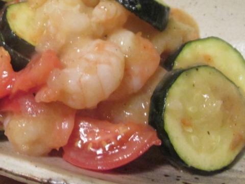 海老とズッキーニのトマト炒めアップ3