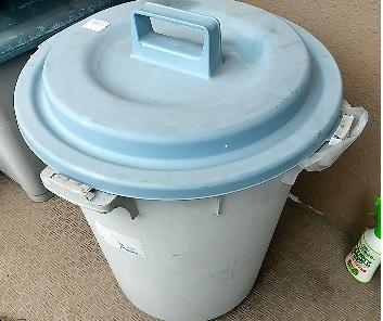 ゴミ用ポリバケツ