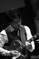 塩川俊彦(ギター)