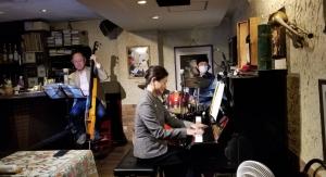 G's bar 廣田ゆりトリオ