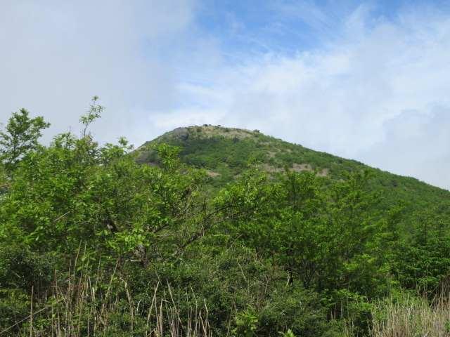 IMG0039JPG晴れ間の山頂