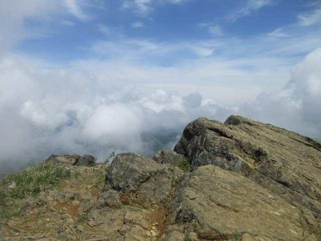 IMG0098JPG山頂からの
