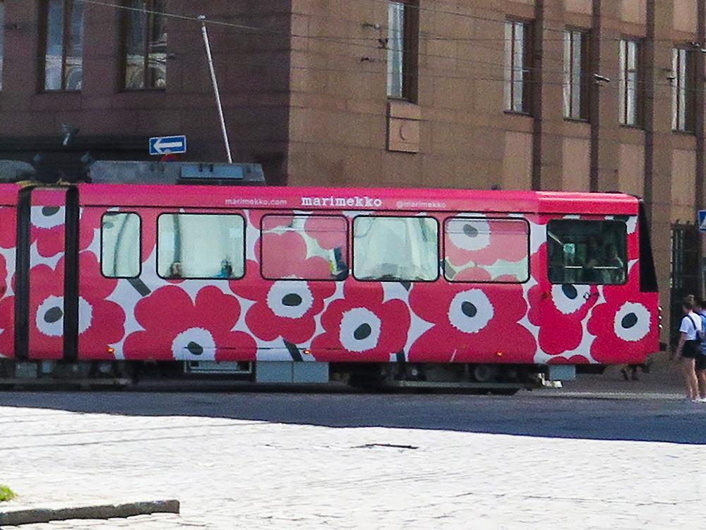 フィンランド ヘルシンキ Helsinki マリメッコ トラム Marimekko
