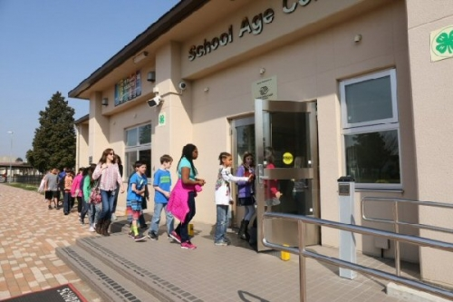 03a 600 students evacuation