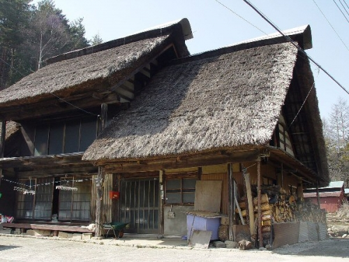 09a 600 Thatched_roof Yamanashi