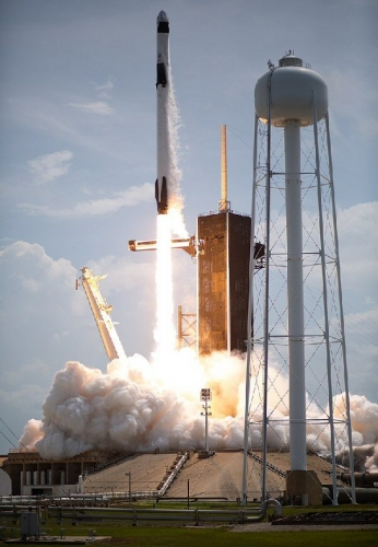 03cb 600 SpaceX Launch 20200530
