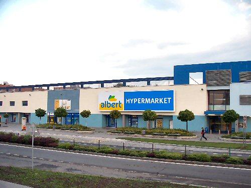 04a 500 Albert Hypermarket Czech
