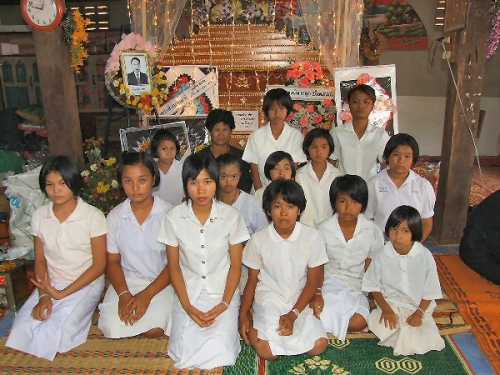 04b 600 Trauergesellschaft_Thailand 2005