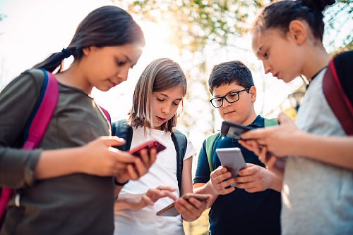 04a 500 mobile games by kids