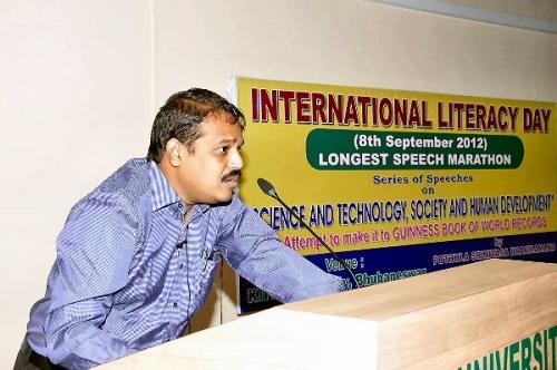 09b 600 World longest speech