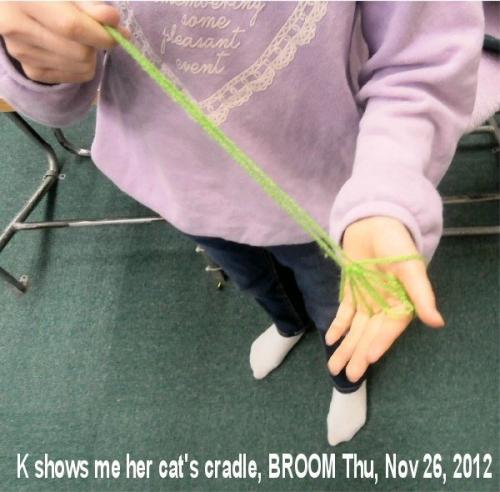 01c 600 20201126 cats_cradle Broom by KM