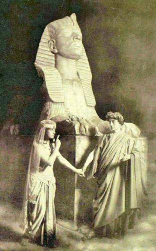 04ab 500 Caesar and Cleopatra