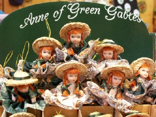 03bb 600 dolls Anne of Green Gables