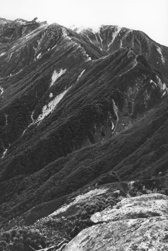 稜線 縦 538×800