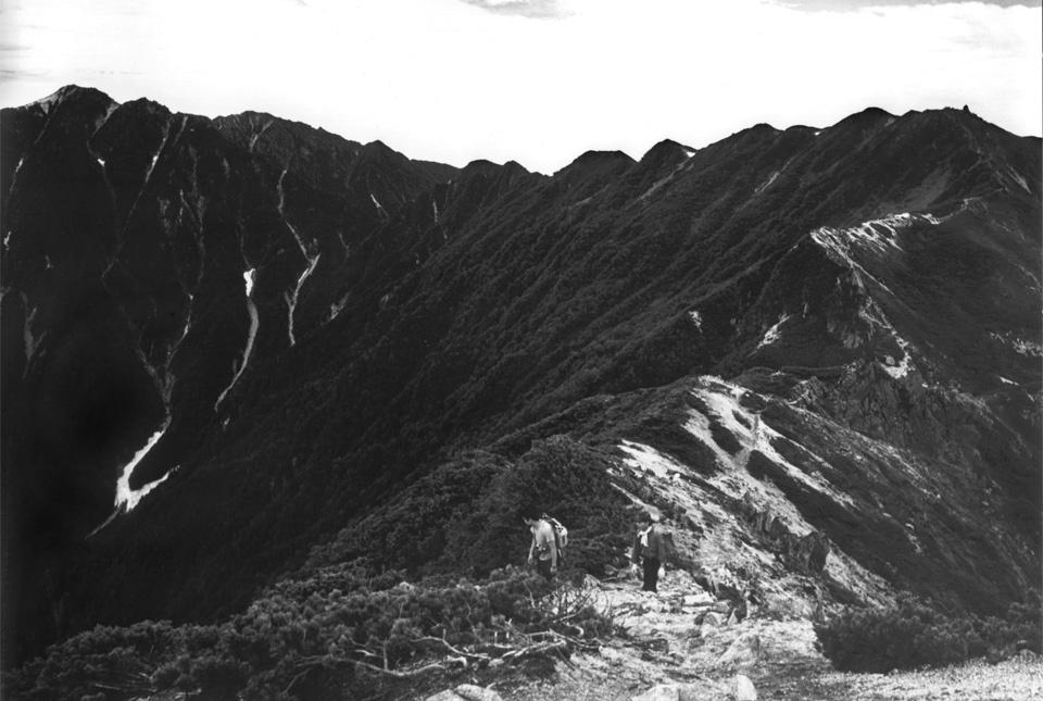 空木岳への尾根 960×645