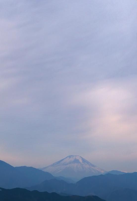 60721f 高尾山頂からの富士 538×800