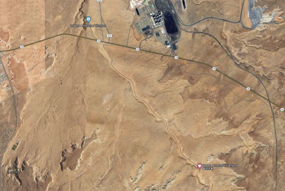 航空写真 アンテロープキャニオン広域 960×645