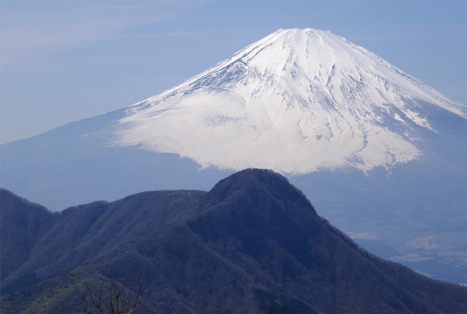 210324-40041 明神ヶ岳からの富士 960×645