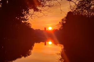 sunsetrunalongtheliffy04202