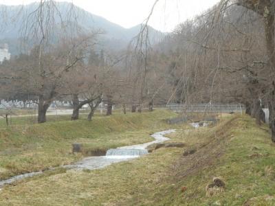 kannonjigawa040403.jpg