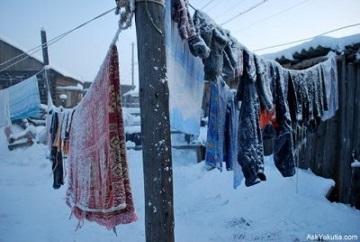 洗濯ものは、なんと外に干すのだという