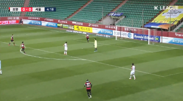 Kim Nam-chun deftly rounds his own keeper to set up his opponent to score - Pohang Steelers 1-0 FC Seoul
