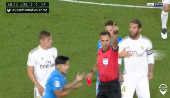 Lee Kang-in (Valencia) red card foul vs Real Madrid