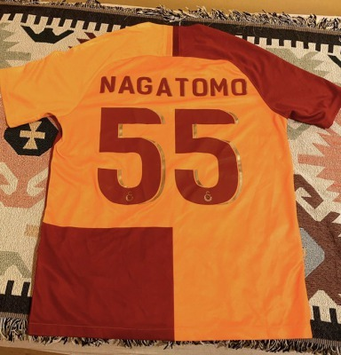 continue to wear nagatomo shirt every match, as I did in the last two years