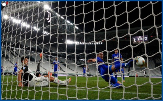 Maya Yoshida (Sampdoria) goal line clearance against Juventus