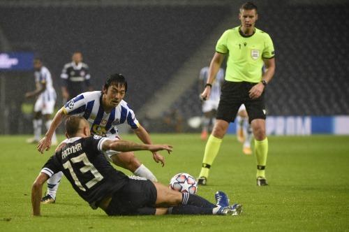 Nakajima Porto 2-0 Olympiakos pre assist