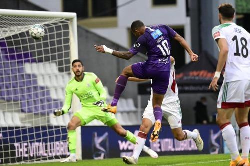 4-2 victory for Beerschot over OH Leuven Suzuki Musashi goal
