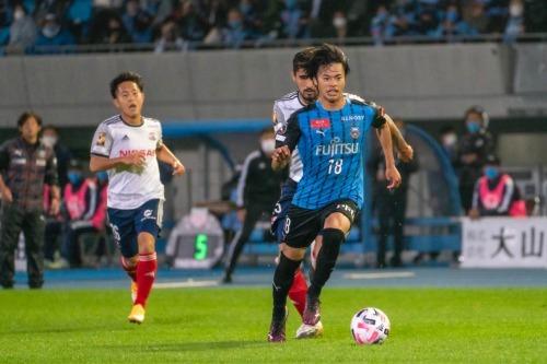Mitoma goal assist vs yokohama fmarinos