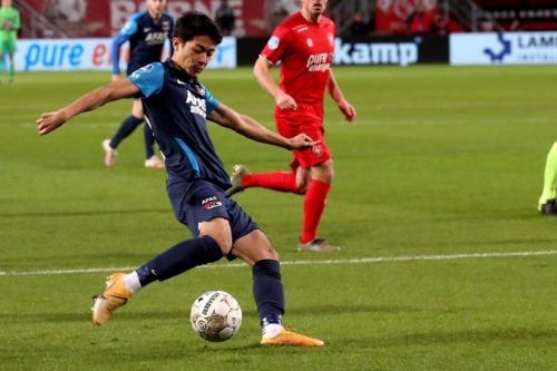 Twente 0-[2] AZ Yukinari Sugawara goal