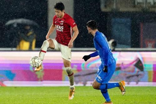 Sugawara Yukinari assists agaisnt Vitesse