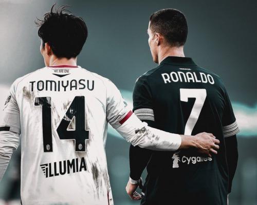 Takehiro Tomiyasu on Ronaldo