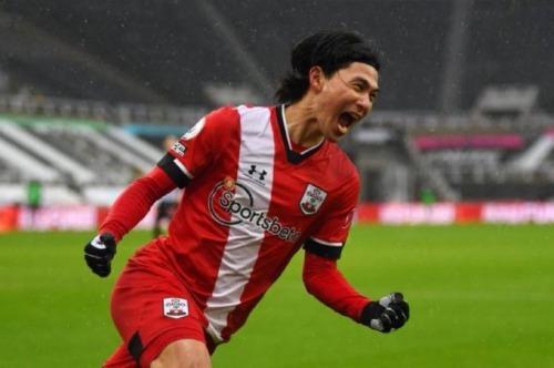 Newcastle 2 - [1] Southampton - Takumi Minamino goal