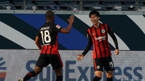 Frankfurt [1] - 0 Bayern Munich - Daichi Kamada goal