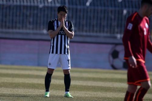 Asano Takuma goal 3_0 agaist Radnik