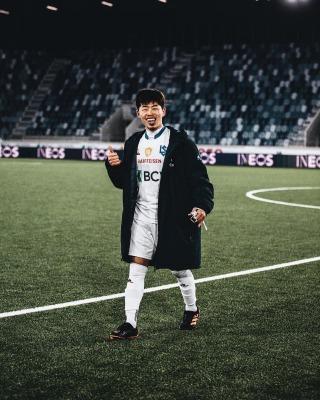 Suzuki Toich 2 goals agaisnt St_Gall motm