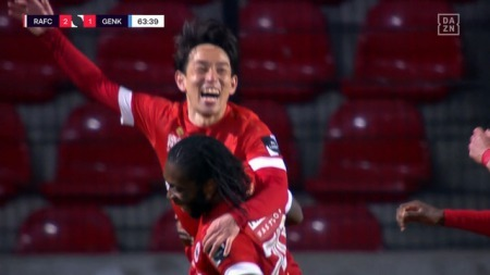 Miyoshi Koji goal agaisnt genk 3_2
