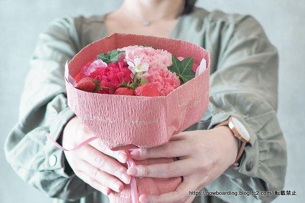 日比谷花壇 母の日 配送 そのまま飾れるブーケ