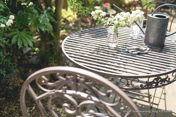 ブランティーク ブラウンアイアンテーブル70&チェア アンティークなガーデンチェア