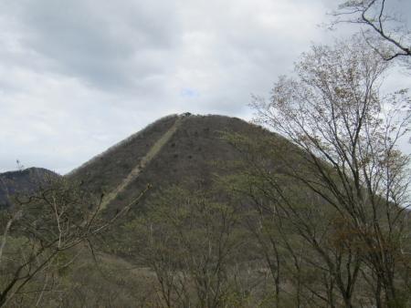 200510三ツ峰山・旭岳 (17)榛名富士s