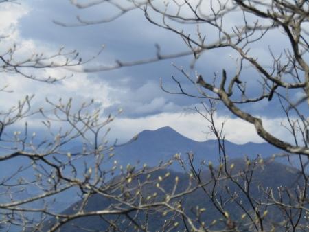 200510三ツ峰山・旭岳 (40)浅間隠山s