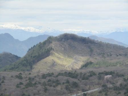 200510三ツ峰山・旭岳 (77)臥牛山s