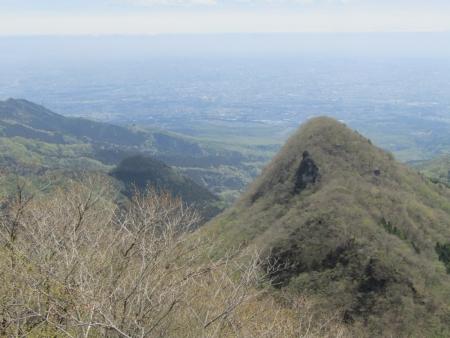 200510三ツ峰山・旭岳 (72)黒岩・鷹ノ巣山s