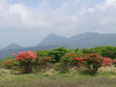 200603荒山~鍋割山~前浅間 (18)鈴ヶ岳s