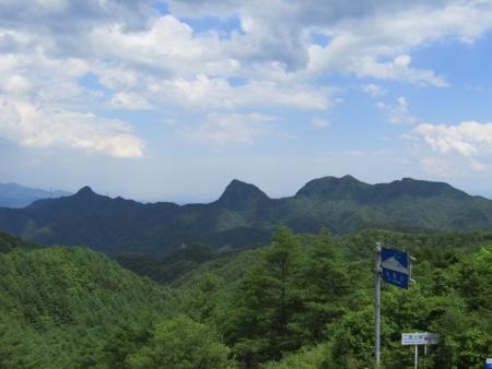 200616浅間隠山と周辺 (47)剣ノ峰・角落山s