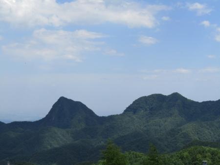 200616浅間隠山と周辺 (48)剣ノ峰・角落山s