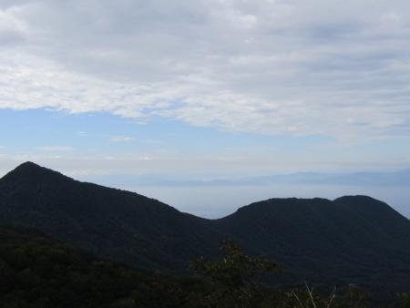 200909鈴ヶ岳・鷹巣 (19)荒山~鍋割山s